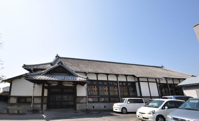 佐賀県警体育館・旧武徳殿を見学させていただきました。